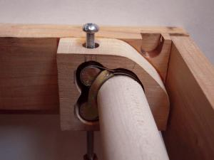 5. roller clamp holder